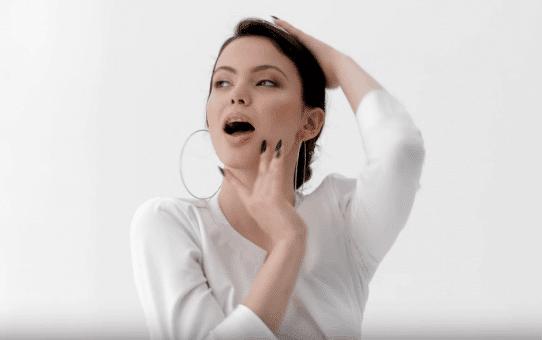 Fabrizio Parisi & WahTony feat. Eva Parmakova - Tell Me Right